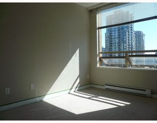 """Photo 8: 1303 822 HOMER Street in Vancouver: Downtown VW Condo for sale in """"GALIEO"""" (Vancouver West)  : MLS®# V802031"""