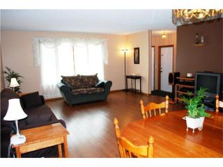 Photo 2: 62 Blostein Bay in WINNIPEG: Transcona Residential for sale (North East Winnipeg)  : MLS®# 1008322