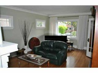 """Photo 3: 478 W 20TH Avenue in Vancouver: Cambie House for sale in """"CAMBIE VILLAGE"""" (Vancouver West)  : MLS®# V832237"""
