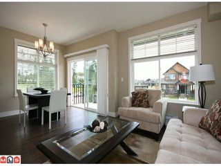 Photo 3: 2 7332 194A Street in Surrey: Clayton Townhouse for sale (Cloverdale)  : MLS®# F1019086