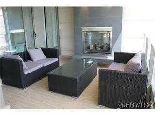 Photo 5: 1008 707 Courtney St in VICTORIA: Vi Downtown Condo for sale (Victoria)  : MLS®# 561108