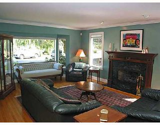 Photo 2: 4265 KEVIN Place in Vancouver: Dunbar House for sale (Vancouver West)  : MLS®# V728289