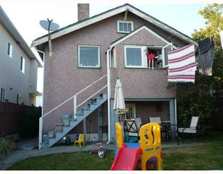 Photo 3: 2720 ADANAC Street in Vancouver: Renfrew VE House for sale (Vancouver East)  : MLS®# V779074