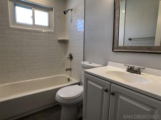 Photo 10: CHULA VISTA House for sale : 3 bedrooms : 152 E Paisley St