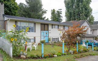 Main Photo: 32925 3RD Avenue in Mission: Mission BC House for sale : MLS®# R2398942