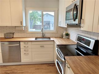 Photo 3: 2125 80 Avenue SE in Calgary: Ogden Detached for sale : MLS®# C4267037