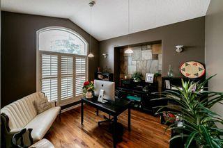 Photo 6: 614 HUNTERS Close in Edmonton: Zone 14 House for sale : MLS®# E4194148