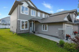 Photo 2: 1624 68 Street in Edmonton: Zone 53 House for sale : MLS®# E4201355