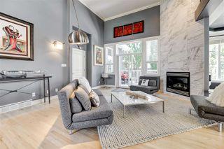 Photo 4: 335 DARLINGTON Crescent in Edmonton: Zone 20 House for sale : MLS®# E4203021
