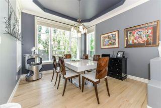 Photo 5: 335 DARLINGTON Crescent in Edmonton: Zone 20 House for sale : MLS®# E4203021