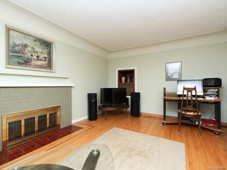 Photo 3: 1310 May St in Victoria: Vi Fairfield West Single Family Detached for sale : MLS®# 844886