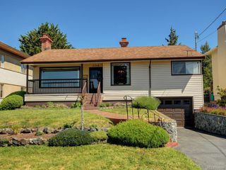 Photo 17: 1310 May St in Victoria: Vi Fairfield West Single Family Detached for sale : MLS®# 844886