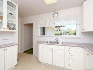 Photo 8: 1310 May St in Victoria: Vi Fairfield West Single Family Detached for sale : MLS®# 844886