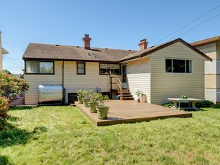 Photo 19: 1310 May St in Victoria: Vi Fairfield West Single Family Detached for sale : MLS®# 844886