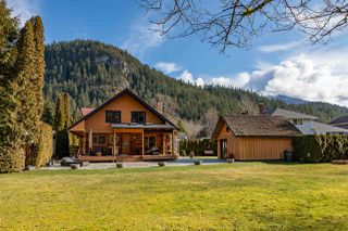 """Photo 27: 41379 DRYDEN Road in Squamish: Brackendale House for sale in """"Brackendale"""" : MLS®# R2484059"""