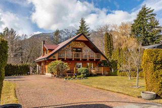 """Photo 29: 41379 DRYDEN Road in Squamish: Brackendale House for sale in """"Brackendale"""" : MLS®# R2484059"""