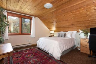 """Photo 13: 41379 DRYDEN Road in Squamish: Brackendale House for sale in """"Brackendale"""" : MLS®# R2484059"""