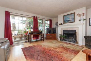 Photo 2: 32 909 Admirals Rd in : Es Esquimalt Row/Townhouse for sale (Esquimalt)  : MLS®# 854204