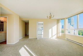 "Photo 10: 903 6152 KATHLEEN Avenue in Burnaby: Metrotown Condo for sale in ""EMBASSY"" (Burnaby South)  : MLS®# R2506354"