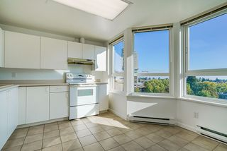 "Photo 14: 903 6152 KATHLEEN Avenue in Burnaby: Metrotown Condo for sale in ""EMBASSY"" (Burnaby South)  : MLS®# R2506354"
