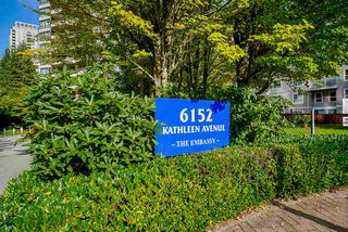 "Photo 3: 903 6152 KATHLEEN Avenue in Burnaby: Metrotown Condo for sale in ""EMBASSY"" (Burnaby South)  : MLS®# R2506354"