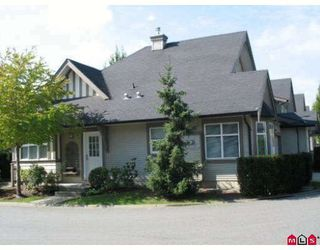 """Photo 1: 58 15968 82ND Avenue in Surrey: Fleetwood Tynehead Townhouse for sale in """"SHELBOURNE LANE"""" : MLS®# F2921099"""