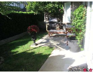 """Photo 2: 58 15968 82ND Avenue in Surrey: Fleetwood Tynehead Townhouse for sale in """"SHELBOURNE LANE"""" : MLS®# F2921099"""