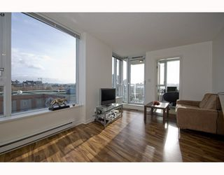 "Photo 3: 609 550 TAYLOR Street in Vancouver: Downtown VW Condo for sale in ""The Taylor"" (Vancouver West)  : MLS®# V804952"
