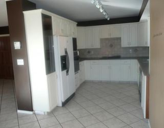 Photo 4: 258 MAPLE GROVE Crescent: Strathmore Residential Detached Single Family for sale : MLS®# C3414444