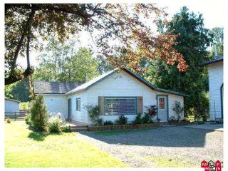 "Photo 1: 4985 BERGMAN Road in YARROW, CHILLIWACK: Yarrow House for sale in ""YARROW"" (Chilliwack)  : MLS®# H1002702"