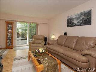 Photo 4: 3610 Tillicum Road in VICTORIA: SW Tillicum Townhouse for sale (Saanich West)  : MLS®# 280041
