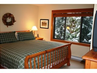 "Photo 10: 4604 MONTEBELLO Place: Whistler Townhouse for sale in ""MONTEBELLO"" : MLS®# V860641"