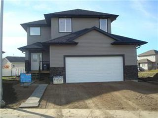 Main Photo: 126 Skuce Place in Saskatoon: Parkridge Single Family Dwelling for sale (Saskatoon Area 05)  : MLS®# 390143