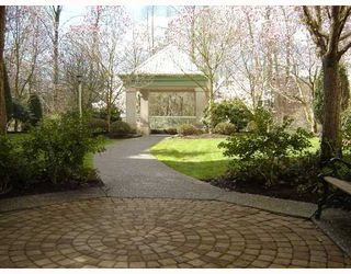"""Photo 9: 402 2615 JANE Street in Port_Coquitlam: Central Pt Coquitlam Condo for sale in """"BURLEIGH GREEN"""" (Port Coquitlam)  : MLS®# V723300"""