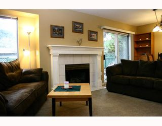 "Photo 1: 11 11875 210TH Street in Maple_Ridge: Southwest Maple Ridge Townhouse for sale in ""WESTSIDE MANOR"" (Maple Ridge)  : MLS®# V744493"