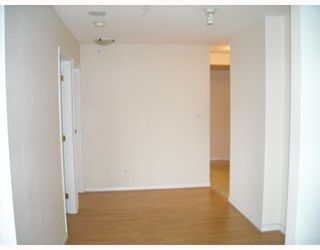 """Photo 10: 2107 939 HOMER Street in Vancouver: Downtown VW Condo for sale in """"THE PINNACLE"""" (Vancouver West)  : MLS®# V746950"""