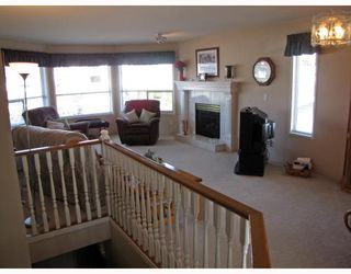 Photo 2: 20136 WANSTEAD Street in Maple_Ridge: Southwest Maple Ridge House for sale (Maple Ridge)  : MLS®# V760145