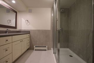 Photo 10: : Vancouver House for rent : MLS®# AR077