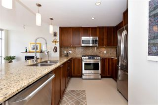 """Photo 11: 2303 280 ROSS Drive in New Westminster: Fraserview NW Condo for sale in """"THE CARLYLE"""" : MLS®# R2454366"""