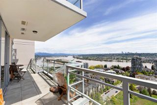"""Photo 2: 2303 280 ROSS Drive in New Westminster: Fraserview NW Condo for sale in """"THE CARLYLE"""" : MLS®# R2454366"""