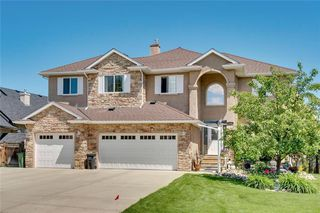 Main Photo: 130 Crystal Shores Drive: Okotoks Detached for sale : MLS®# C4305456