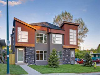 Main Photo: 904 36A Street NW in Calgary: Parkdale Semi Detached for sale : MLS®# A1011389