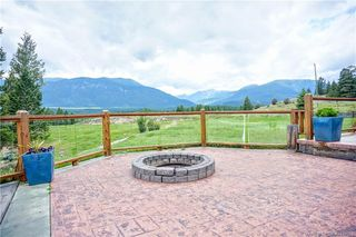 Photo 5: 4261 TOBY CREEK ROAD in Invermere: House for sale : MLS®# 2453237