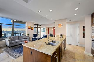 Photo 5: DOWNTOWN Condo for sale : 2 bedrooms : 700 W E St #3102 in San Diego