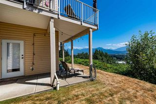 """Photo 33: 52 8590 SUNRISE Drive in Chilliwack: Chilliwack Mountain Townhouse for sale in """"MAPLE HILLS"""" : MLS®# R2484116"""