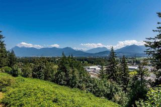 """Photo 21: 52 8590 SUNRISE Drive in Chilliwack: Chilliwack Mountain Townhouse for sale in """"MAPLE HILLS"""" : MLS®# R2484116"""