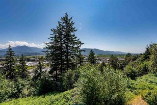 """Photo 22: 52 8590 SUNRISE Drive in Chilliwack: Chilliwack Mountain Townhouse for sale in """"MAPLE HILLS"""" : MLS®# R2484116"""