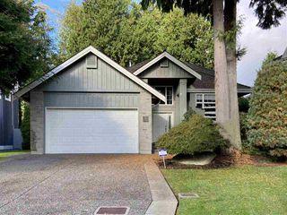 "Photo 1: 14329 17B Avenue in Surrey: Sunnyside Park Surrey House for sale in ""Bayridge Court"" (South Surrey White Rock)  : MLS®# R2508784"