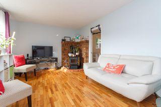 Photo 3: 728 Danbrook Ave in : La Langford Proper Half Duplex for sale (Langford)  : MLS®# 858966