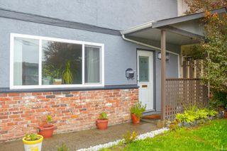 Photo 1: 728 Danbrook Ave in : La Langford Proper Half Duplex for sale (Langford)  : MLS®# 858966